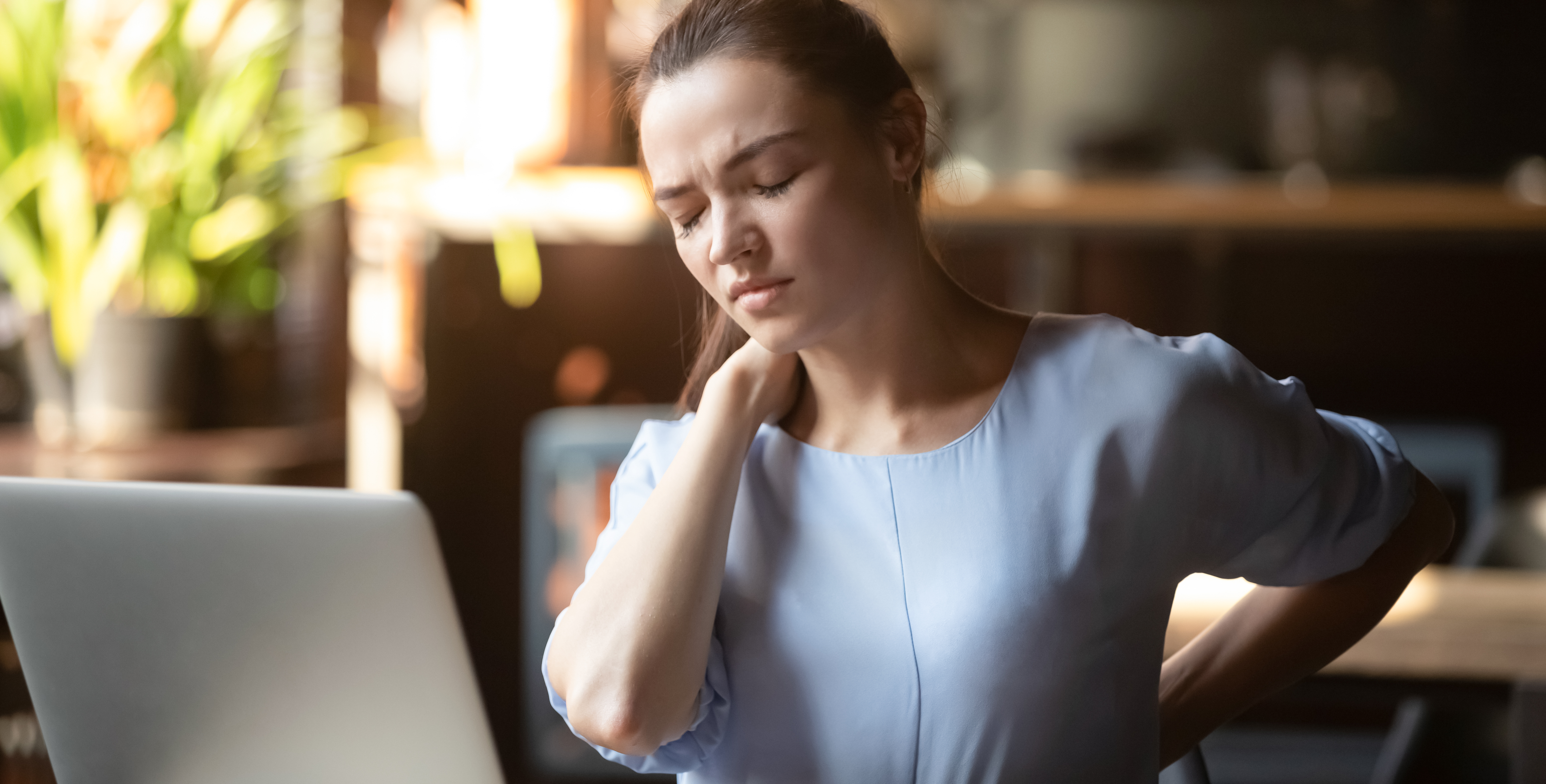 An ergonomically correct workstation can help you prevent pain